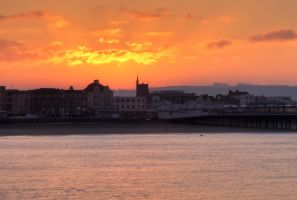 surise over weston super mere by CharmingPhotography