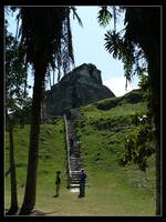 El Castillo of Xunantunich by aaroncfrench