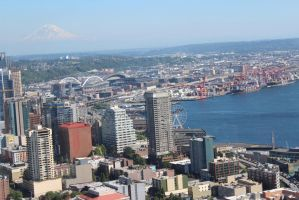Seattle with St Helens by eillahwolf