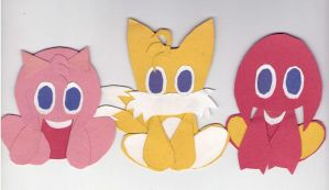 Tails, Amy and Knuckles Chao (PAPER) by Reallyfaster