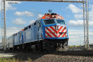 Double-headed Metra F40PHM-2s 0233 10-6-13 by eyepilot13