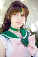 Super Sailor Jupiter Cosplay by LiKovacs