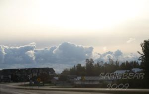Clouds in the background by Sariebear20