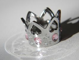 Crown's Light by bloominglove