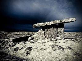 Poulnabrone by schelly