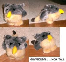 My sister's gryphonball by Rahball