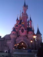 Disneyland castle by LeniProduction