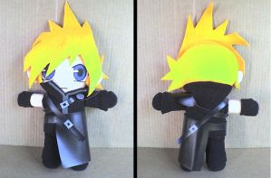 Final Fantasy Cloud Plushie by VioletLunchell