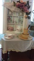 Tea Cup Stand ! by littl3miss-n1ghtmare
