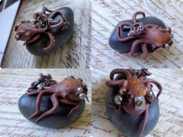 Mini semi-steampunk octopus by AllyXCat3
