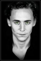 Loki hipnotic eye by Fenevad