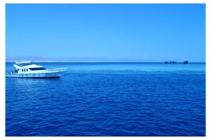 BLUE BOAT by mitch2004