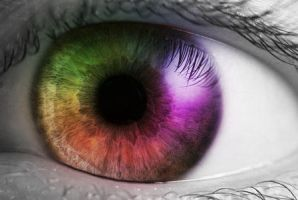 Multicoloured eye by Fayemilly