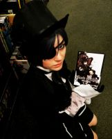 Kuroshitsuji: Ciel Phantomhive in real life by Catchmewithyourlips