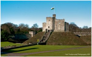 HDR Cardiff Castle by Rovanite