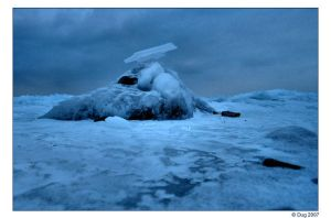 Icey Mount Cairn by dugonline