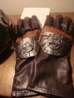 zelda gloves by Lionshima