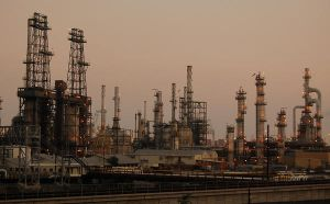 Wilmington Oil Refineries by stevecliff