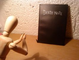 Manikin and Death Note by tiiinamari1