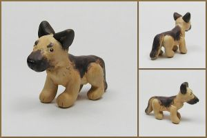Little German Shepherd Sculpt by LeiliaK