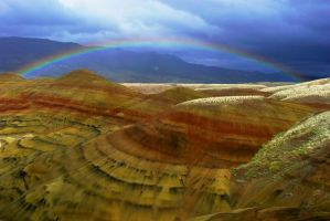 Rainbow and Painted Hills by Polyrender