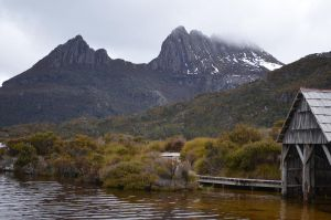 Cradle Mountain by lonewolfpuppy