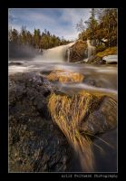 Grass and Waterfall.. by uberfischer