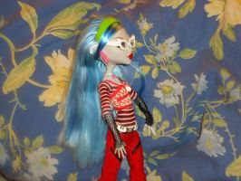 Ghoulia Yelps 4 by VenusCollectionNook