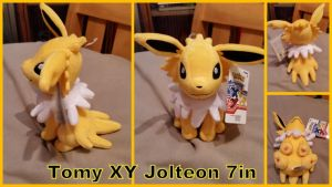 Tomy Pokemon XY Sitting Jolteon by Vesperwolfy87