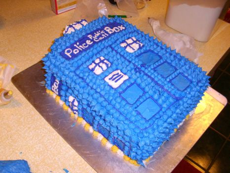 ~TARDIS Birthday Cake~ by BadWolf212