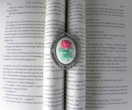 Cream Rose Cameo Brooch in Silver Setting by Minervatheory