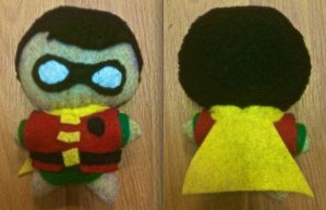 Robin Plushie by CheesyHipster