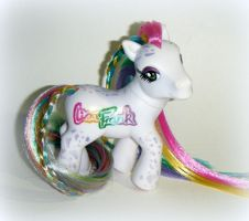 Lisa Frank pony by kalavista
