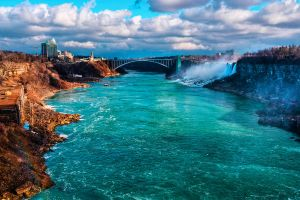 Niagara Bridge by Qels