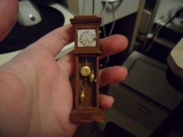 Grandfather Clock by kayanah