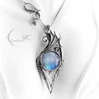 NAZIDYS - silver and moonstone. by LUNARIEEN