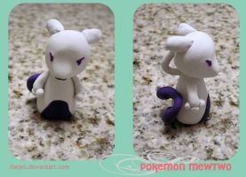 Chibi : Mewtwo by thejes