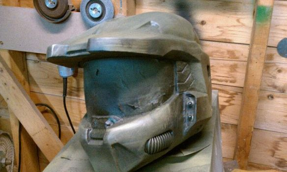 Master Chief Helmet by MailleArtisan83