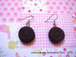Oreo Earring by alicoe