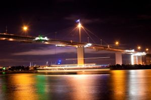 Night: West Gate Bridge by DanielleMiner