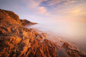 Rocky Shores of Lake Superior by tfavretto