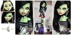 MH Casta Fierce repaint #1 ~Sage~ by RogueLively