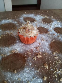 Apple cupcake by letther