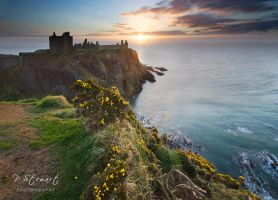 Dunnottar Sunrise by FlippinPhil