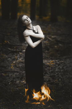 World was on fire by Camilalwn