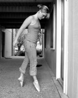 Urban ballet 3 - the pose by wreeper007