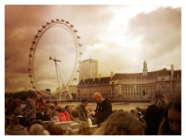 London's Eye by xandersolis