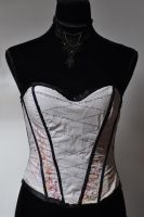 Citations : mon premier corset by Le-Papillon-57