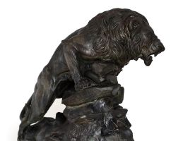 Different angle lion. by Sculptor-Robert-D