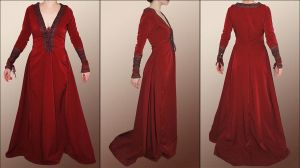 Morgaine's blood red gown by Lorliaswood